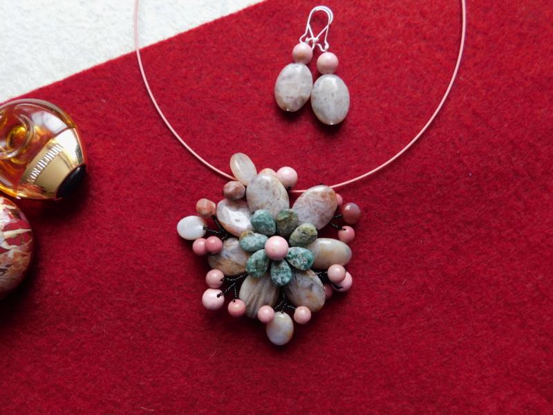 """""""Flori de piatră-Bijoux"""" albumul II-bijuterii artizanale marca Didina Sava - Pagina 3 06510"""
