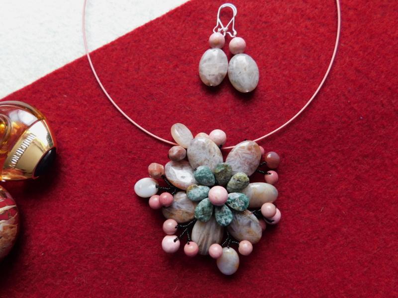 """""""Flori de piatră-Bijoux"""" albumul II-bijuterii artizanale marca Didina Sava - Pagina 3 06710"""