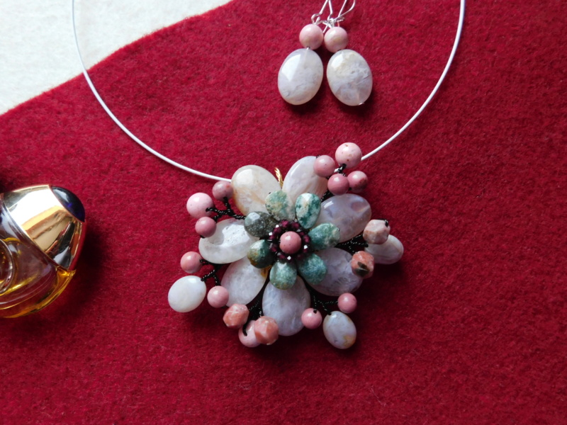 """""""Flori de piatră-Bijoux"""" albumul II-bijuterii artizanale marca Didina Sava - Pagina 2 Colier38"""