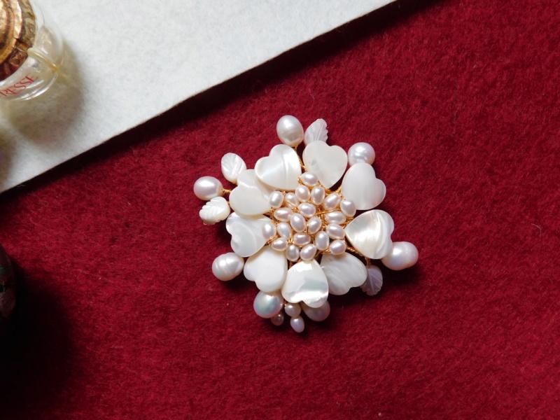 """""""Flori de piatră-Bijoux"""" albumul II-bijuterii artizanale marca Didina Sava Colier55"""