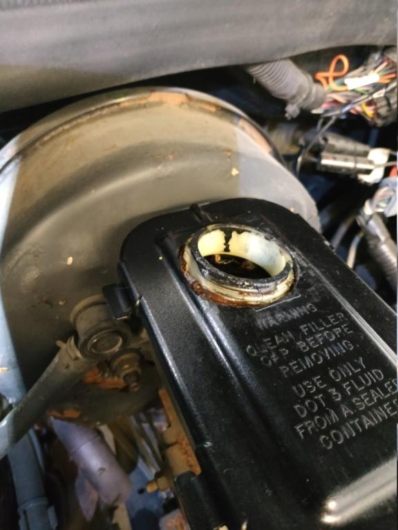 Grosse révision Dodge Ram 1500 5.9l de 1997 - Page 2 Img_2012