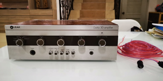 RARE!! Leak Delta 30 Amplifier (Used) SOLD Img_2091