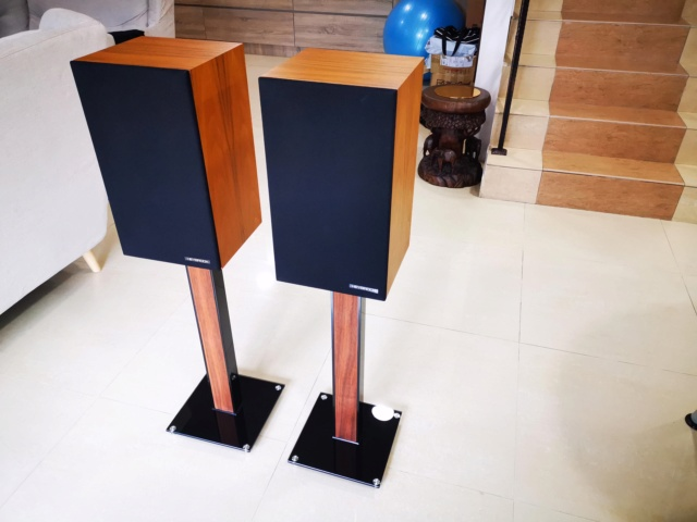Heybrook HB150 Bookshelf Speaker (Used) Price Reduced! SOLD Img_2181