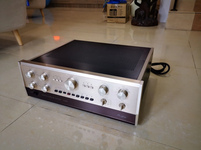 Accuphase C-200L + P-300L Pre and Power Amplifier (Used) Price Reduced! Img_2197