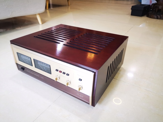 Accuphase Classic C-200L + P-300L Pre/Power Amplifier (Used) Img_2207