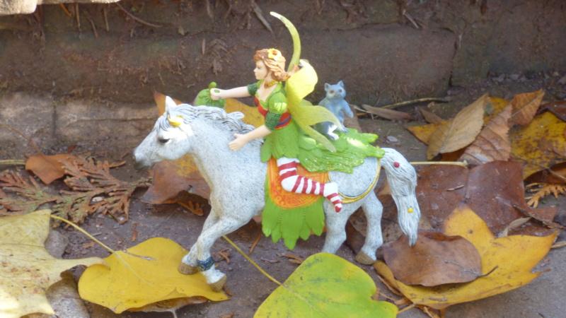SCHLEICH : mes chevaux, mes dragons et autres figurines P1250737
