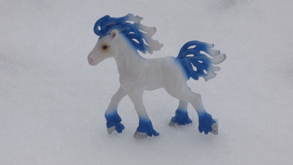 SCHLEICH : mes chevaux, mes dragons et autres figurines P1260149