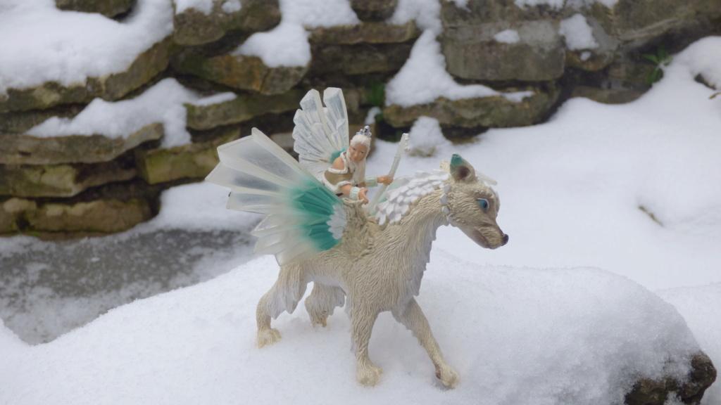 SCHLEICH : mes chevaux, mes dragons et autres figurines P1260151