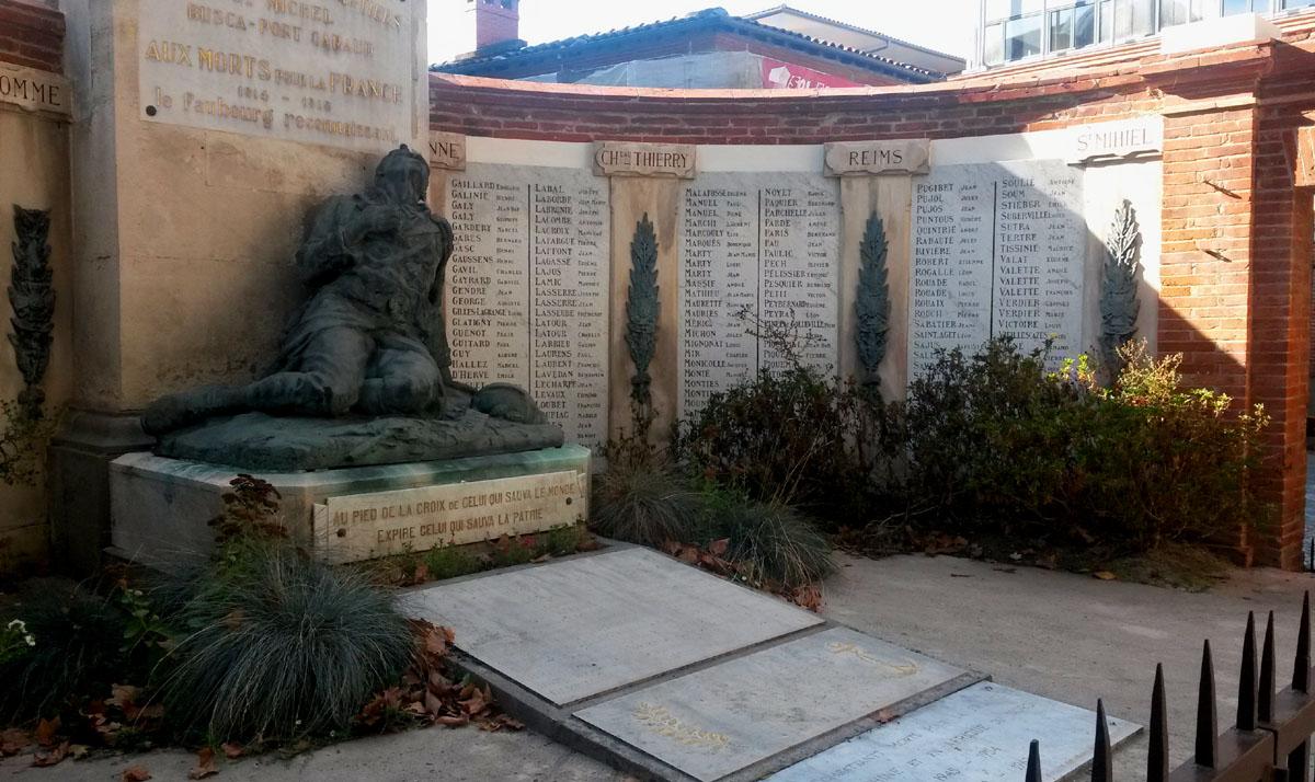[Histoires et Histoire] Monuments aux morts originaux Français Tome 2 - Page 10 20181015