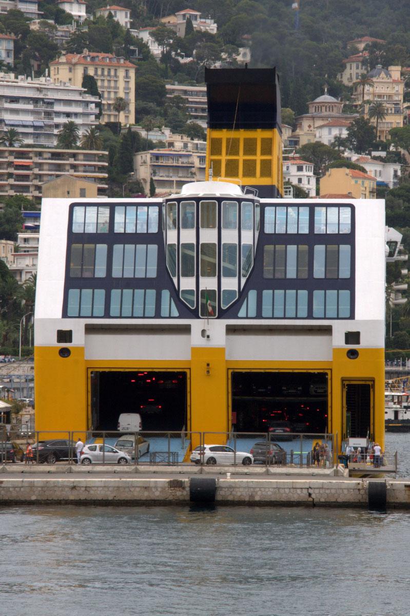 [Vie des ports] Le Port de Nice - Page 3 Port_d12