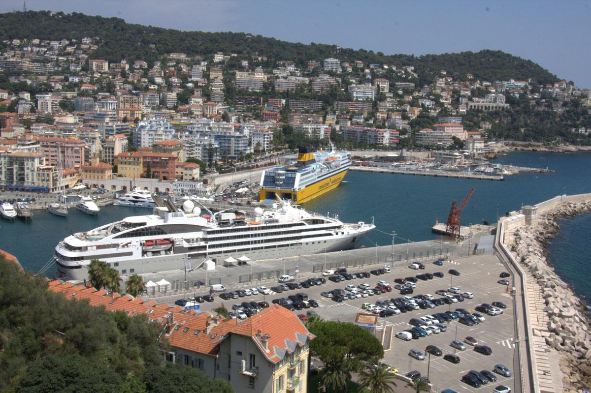 [Vie des ports] Le Port de Nice - Page 3 Port_d14