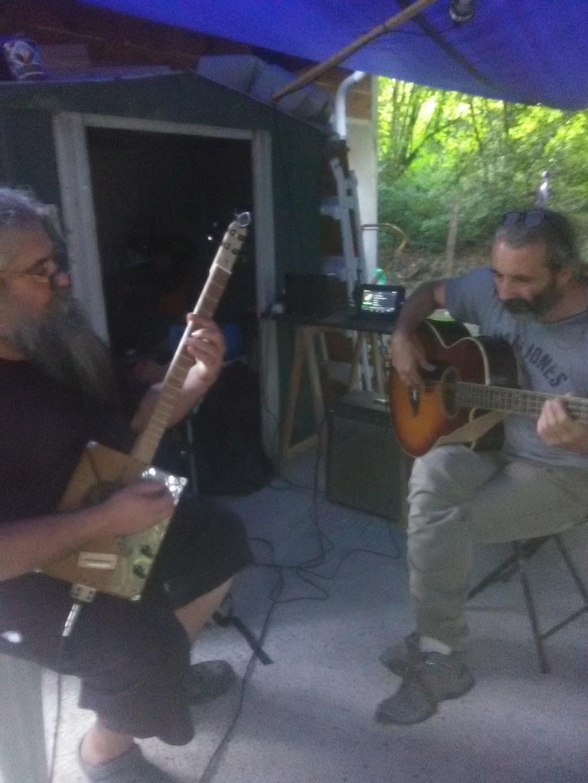 "Ma dernière : CBG 4 cordes ""Espada"" Img_2010"