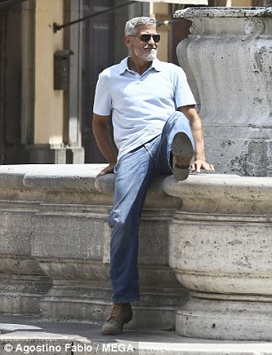 George Clooney filming in Rome 4e704210