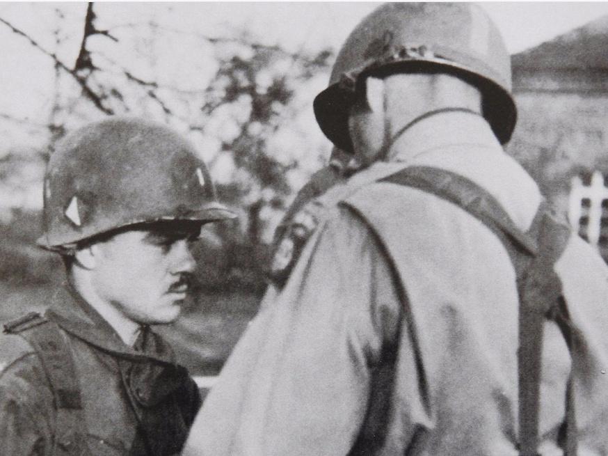 Les Images de la Seconde Guerre Mondiale - Page 18 Unit_h10