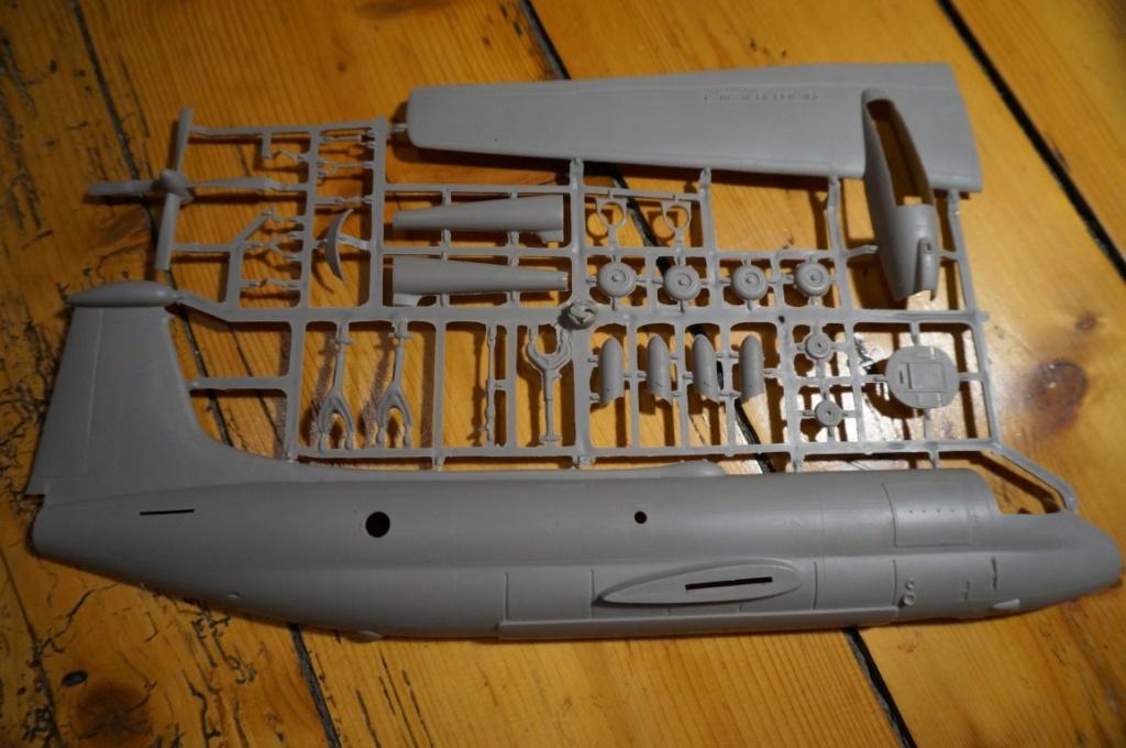 Je déstocke Maquettes 1/72 et 1/48   Dsc06413