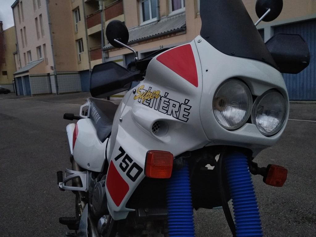 750 XTZ 1991....ma petite restau... Img_2012