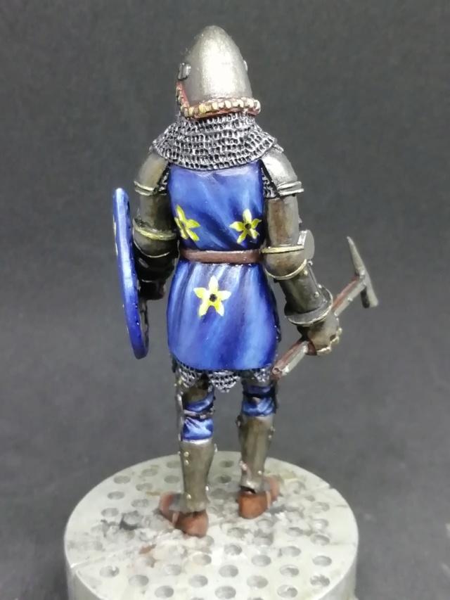 FINI : Chevalier d'Azincourt par BONO Img_2116