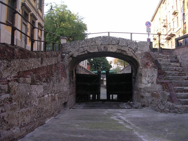 OmoGirando Brera all'imbrunire (Milano 19 maggio) Chiuse10