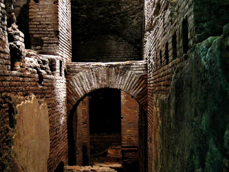 OmoGirando dietro la Vergine - Visita guidata - Roma, 3 agosto 2019 Ic_lar10