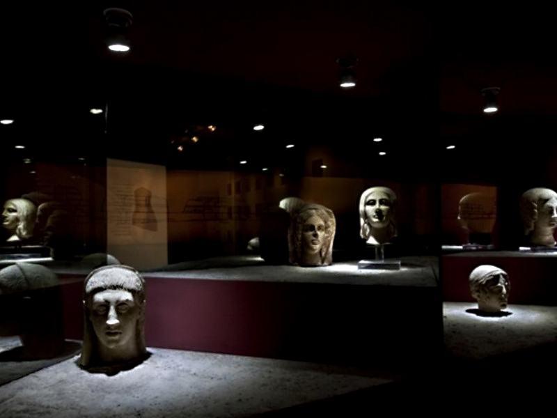 OmoGirando Lavinium - visita guidata (sabato 20 luglio) Llav10