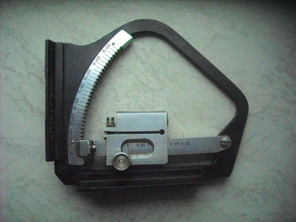 Clinomètre d'artillerie Dscn0061