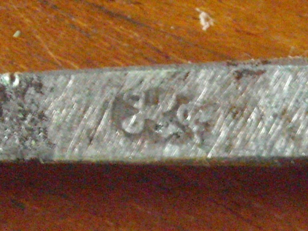 Épée d'un officier supérieur modèle en 1767 Dscn0217