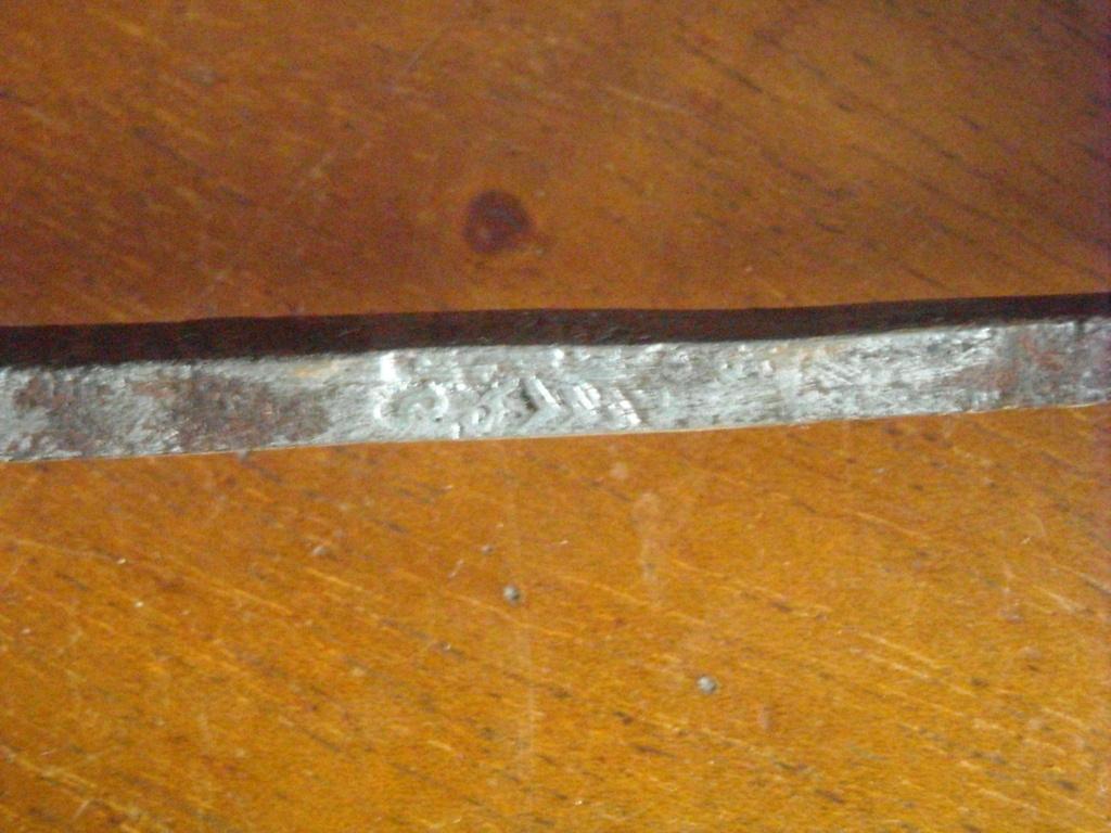 Épée d'un officier supérieur modèle en 1767 Dscn0220