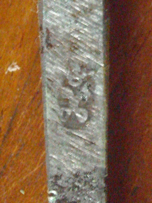 Épée d'un officier supérieur modèle en 1767 Dscn0222