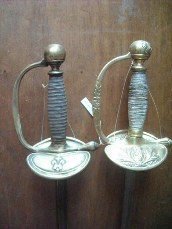 Le point sur les épées  de gendarmerie : épées d'officier Dscn2120