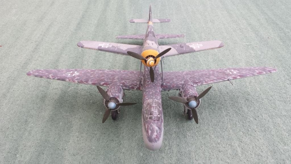 [AMtech] - Ju-88H-3 Mistel 4-4 Fuhrungdmachine + FW 190 F-8 Revell 20181221