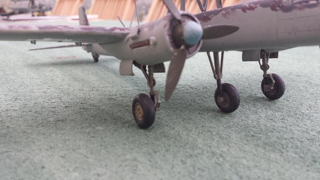 [AMtech] - Ju-88H-3 Mistel 4-4 Fuhrungdmachine + FW 190 F-8 Revell 20181222