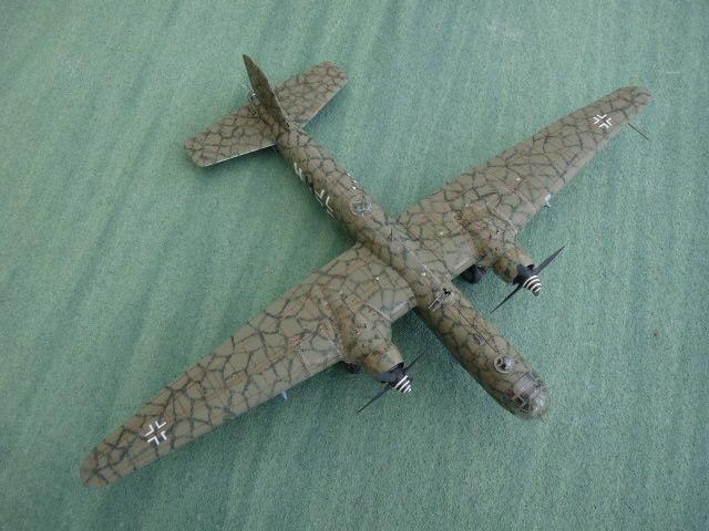 [Revell] Heinkel He 177 A-5 + Fritz X P1030117