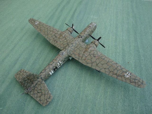[Revell] Heinkel He 177 A-5 + Fritz X P1030119