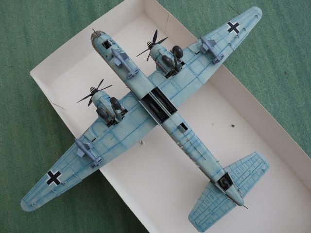 [Revell] Heinkel He 177 A-5 + Fritz X P1030134