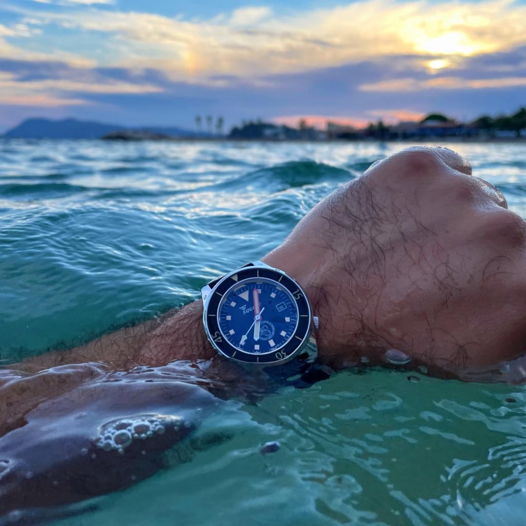 Votre montre du jour - Page 9 8b69cf10