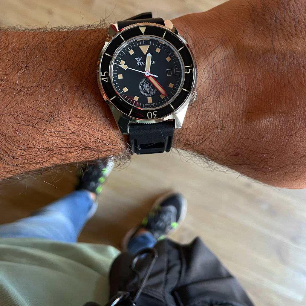 Votre montre du jour - Page 9 E53f7d10