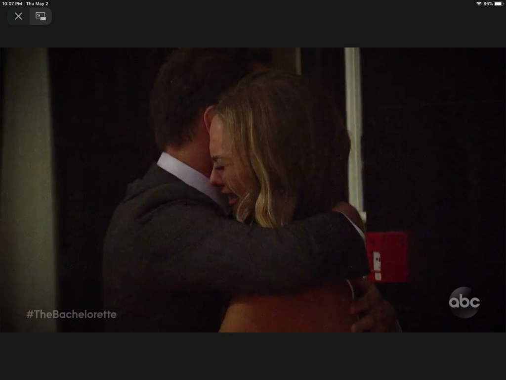 Bachelorette 15 - Hannah Brown - ScreenCaps - *Sleuthing Spoilers* -  2f30dc10
