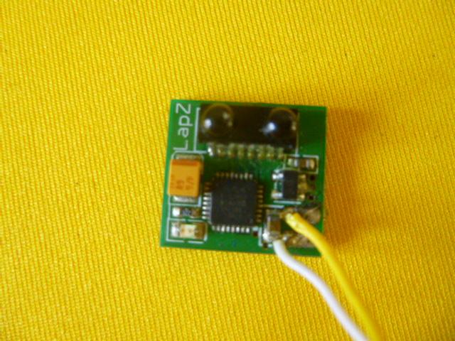 VDS Puce LapZ et pièces MR03 P1050810