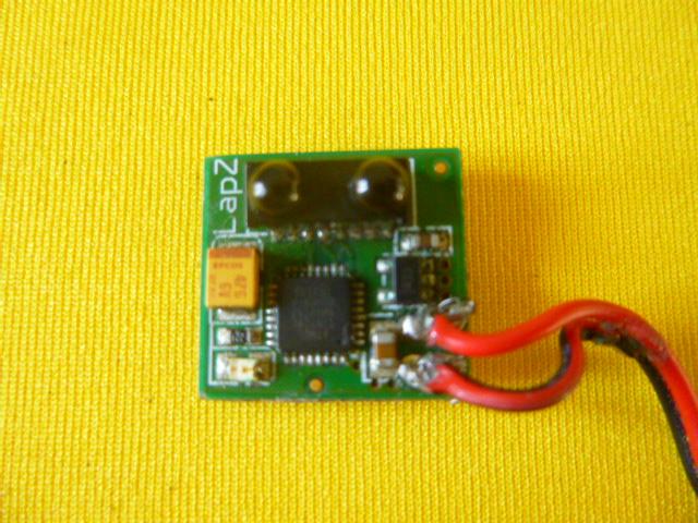 VDS Puce LapZ et pièces MR03 P1050819