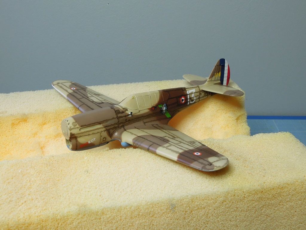 P-40F -  1/72 Special Hobby - Tunisie 1943 D412