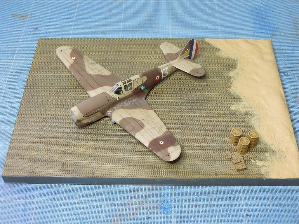 P-40F -  1/72 Special Hobby - Tunisie 1943 - Page 2 Da410