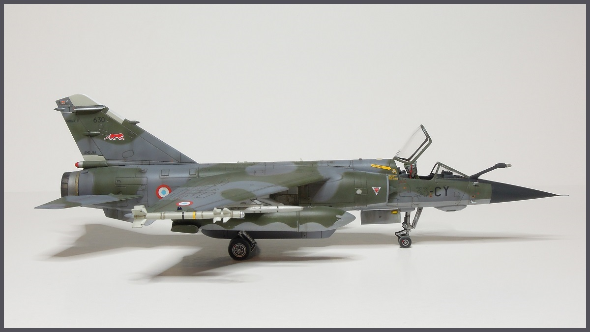 Mirage F-1 CR - Special Hobby - 1/72 - FRANCE 1980 Dscn2411