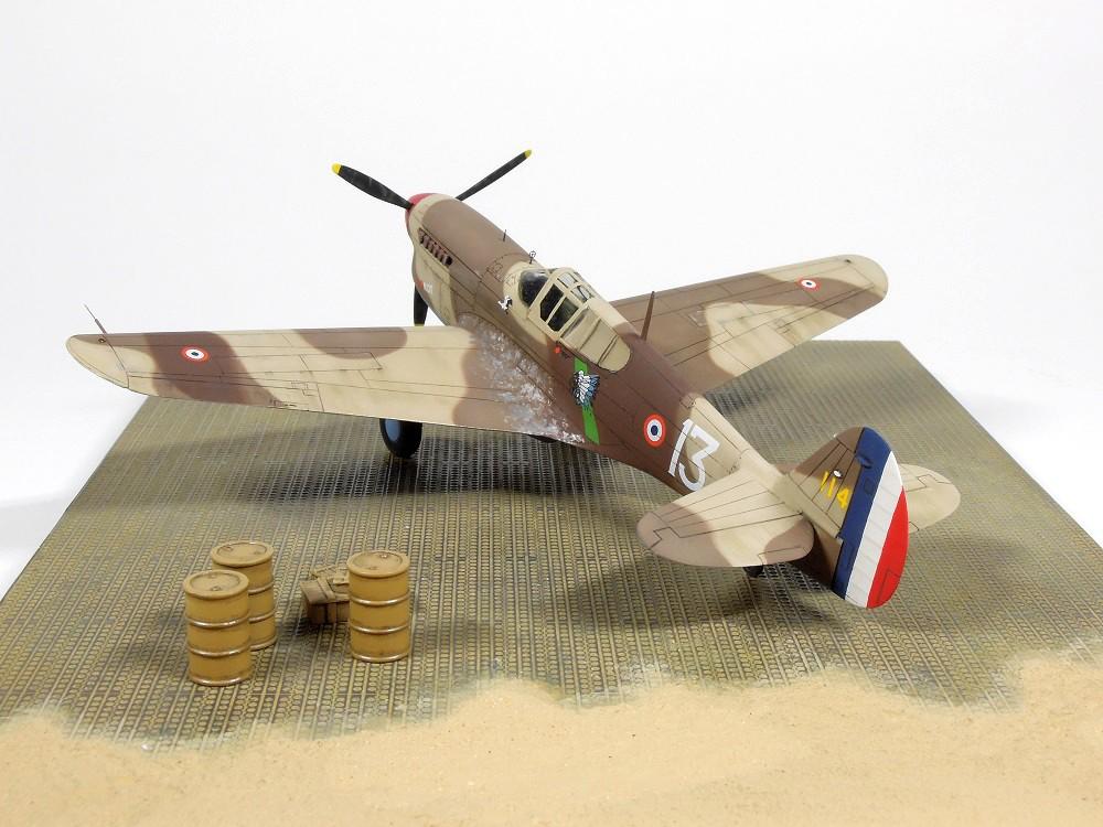 P-40F Special Hobby 1/72 - GC II/5 La Fayette Dscn4722