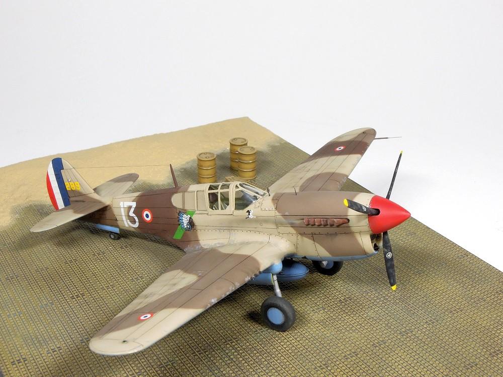 P-40F Special Hobby 1/72 - GC II/5 La Fayette Dscn4725