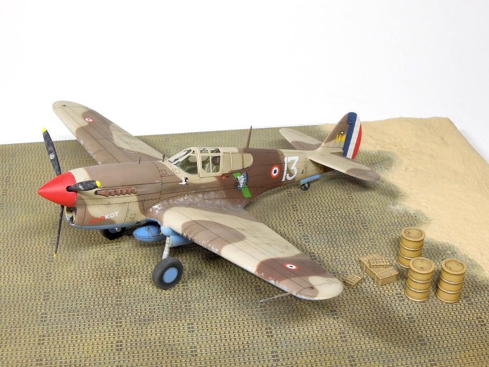 P-40F Special Hobby 1/72 - GC II/5 La Fayette Dscn4726