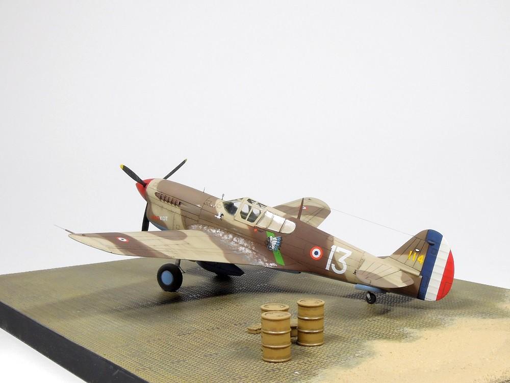 P-40F Special Hobby 1/72 - GC II/5 La Fayette Dscn4818
