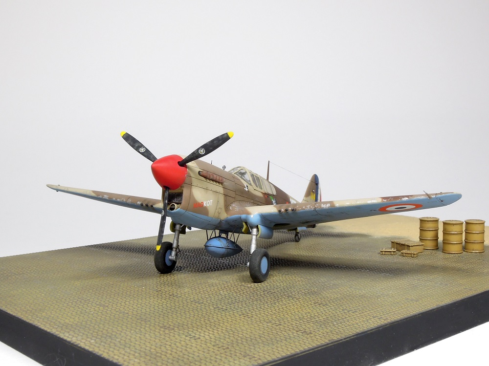 P-40F Special Hobby 1/72 - GC II/5 La Fayette Dscn4819
