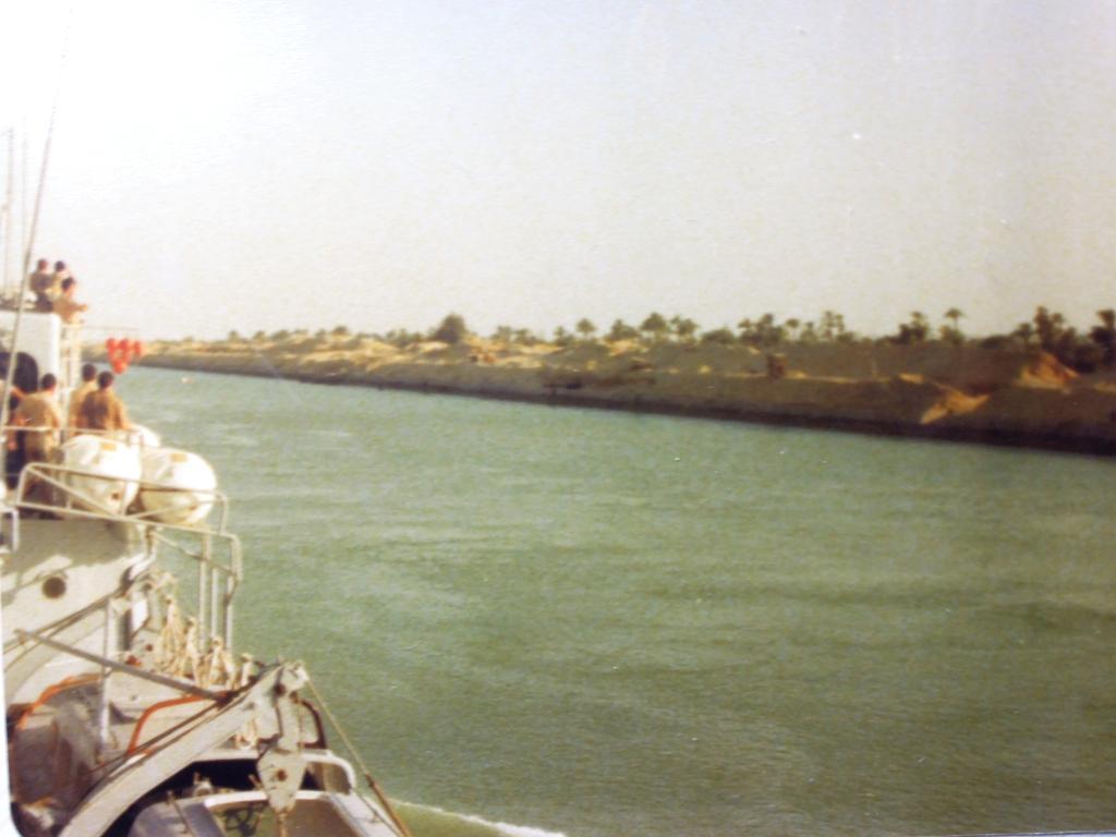 Aviso-escorteur Cdt Rivière - 1/400 L'Arsenal - Djibouti 1978 - Page 6 K711