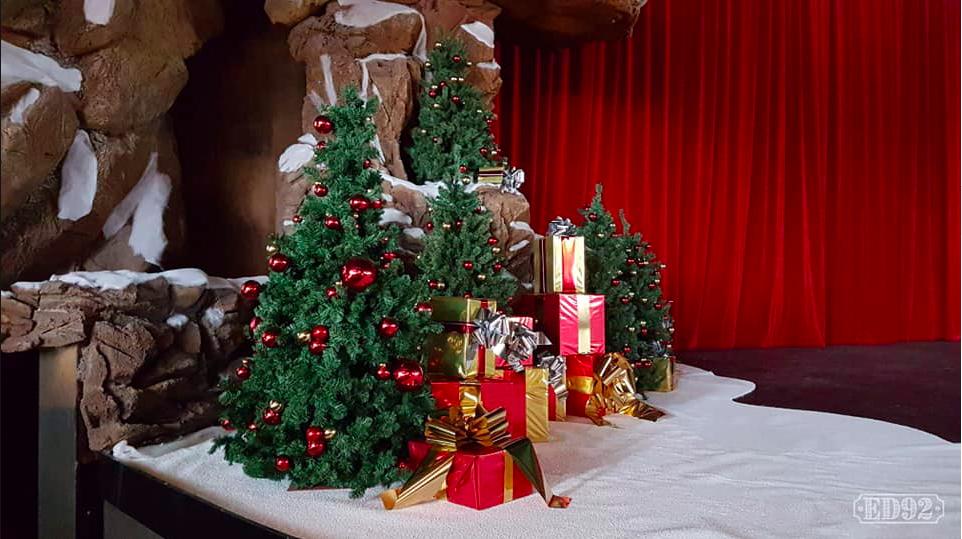 [Saison] Le Noël Enchanté Disney : une célébration Mickeyfique (2018-2019) - Page 7 Captur17