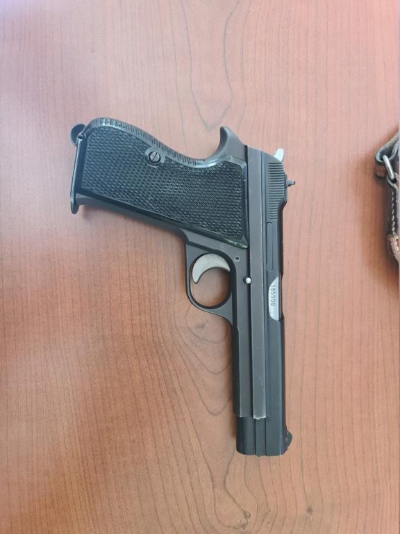 Pistolet SIG P210 20210815